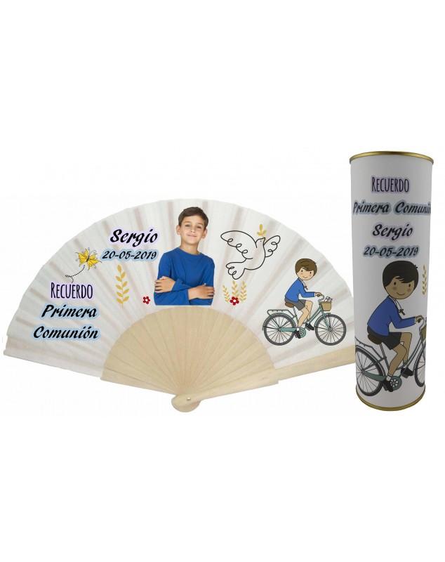 Abanico varillas de madera PERSONALIZADO con foto y texto de Comunion niño con dibujo bicicleta y paloma en lata